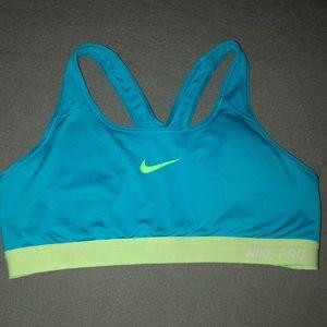 Nike pro sport bra